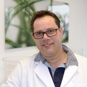 M. Riedel, Zahntechniker (Meister)